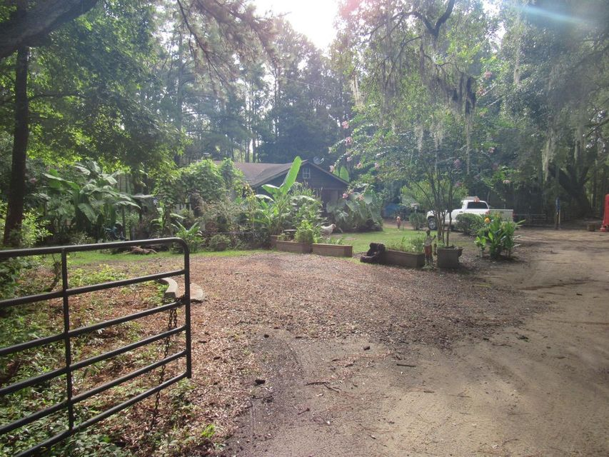 1036  Milcrest Drive Awendaw, SC 29429