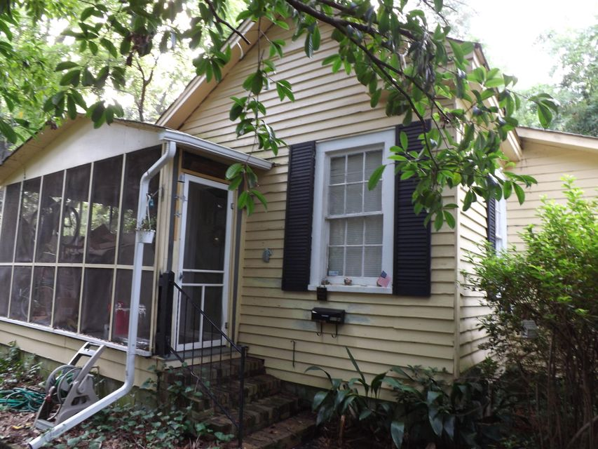 117 W 3RD South Street Summerville, SC 29483