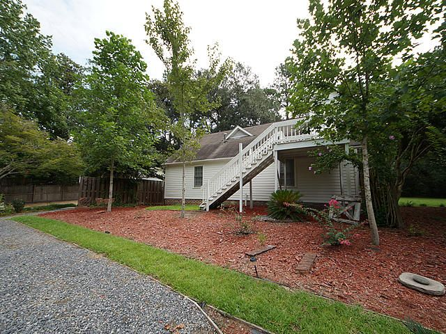 111 W Walker Drive Summerville, SC 29483