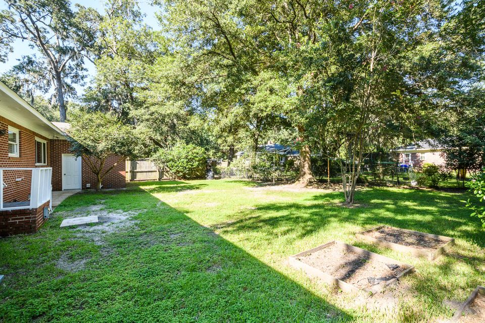 514  Linden Circle Charleston, SC 29407