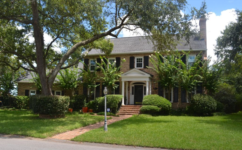 13 Leichester Road Charleston, SC 29407