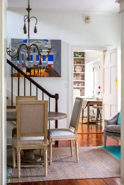 55 Laurens Street Charleston, SC 29401