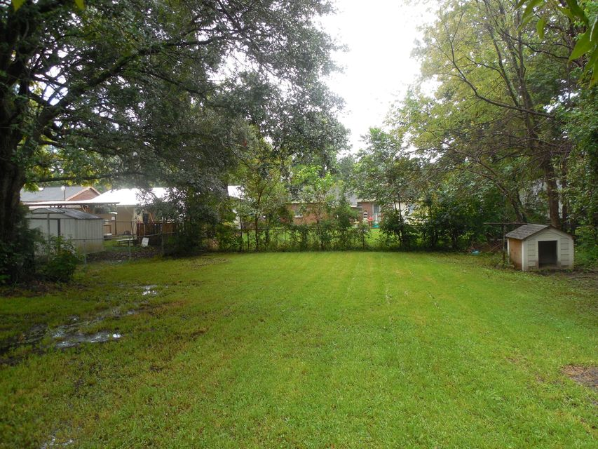 1538  Greenbay Drive North Charleston, SC 29406