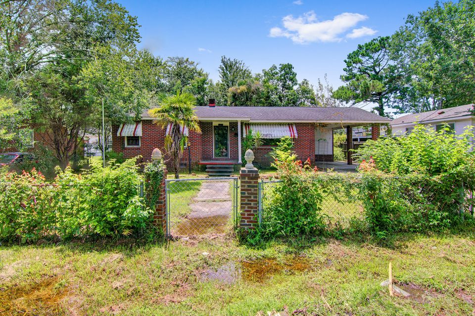 2603 Stith Avenue North Charleston, SC 29405