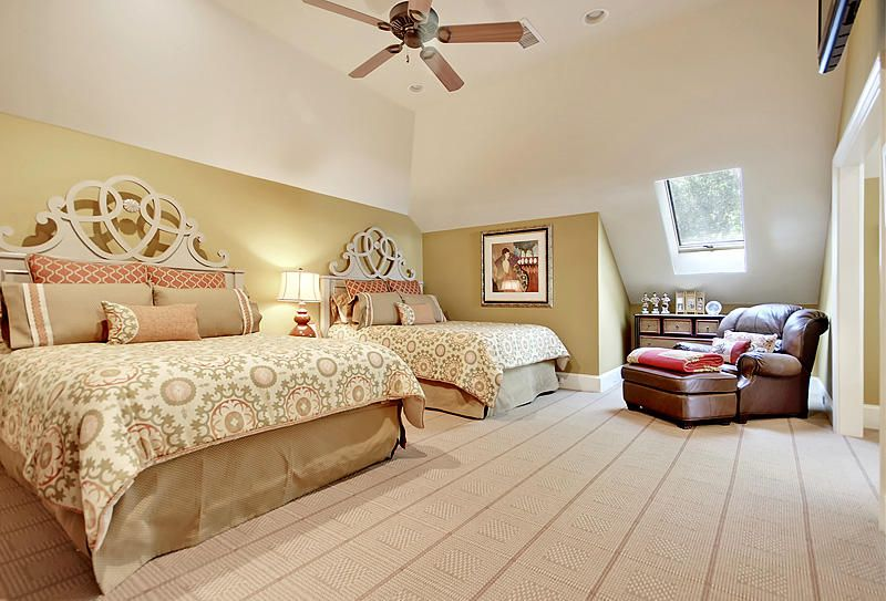 5021  Old York Course Hollywood, SC 29449