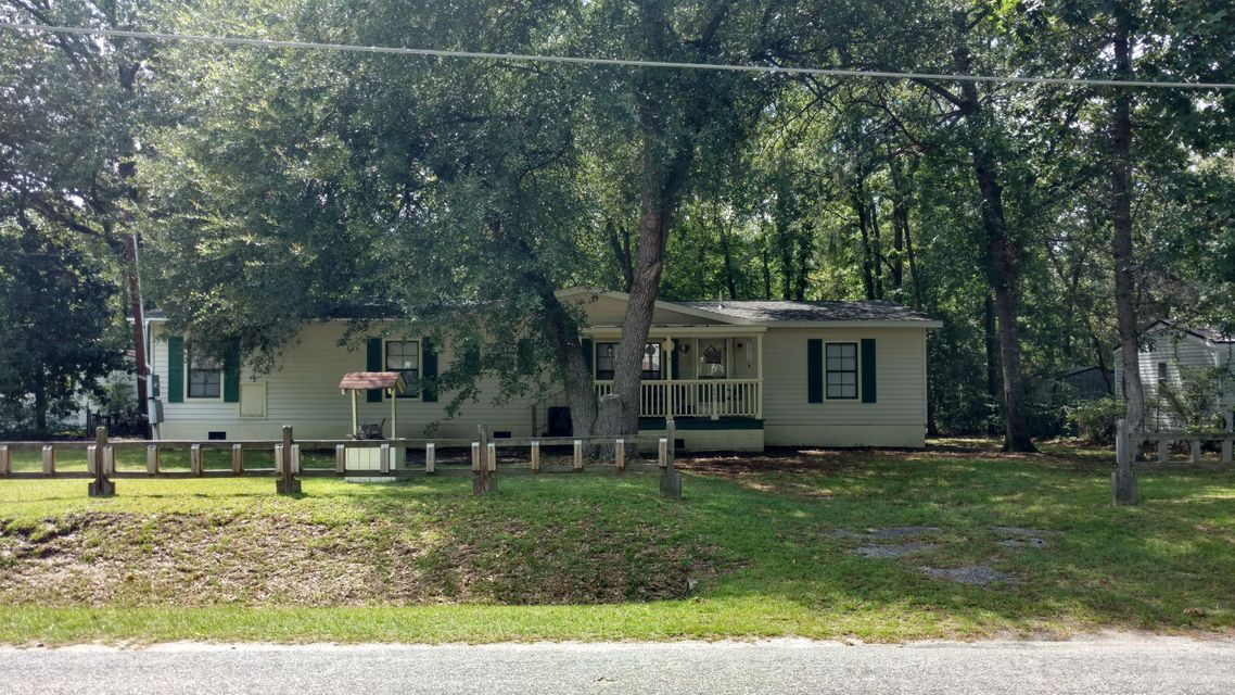 1045  Longpoint Road Cross, SC 29436