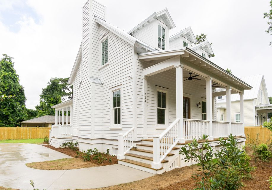 744  Eagle Street Mount Pleasant, SC 29464