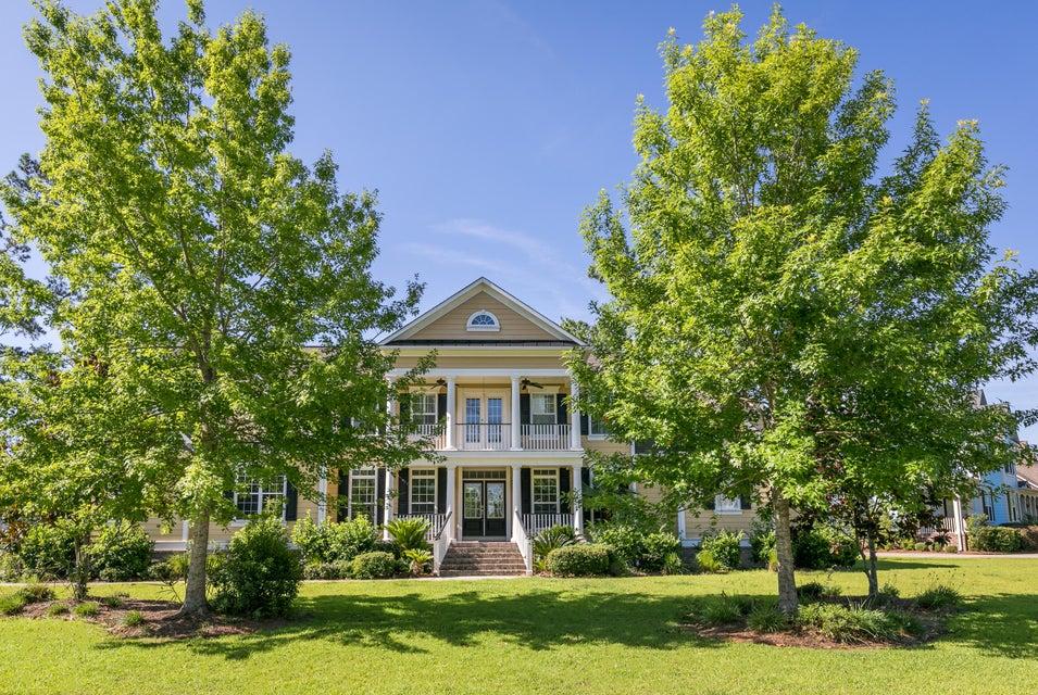 2788  Oak Manor Drive Mount Pleasant, SC 29466