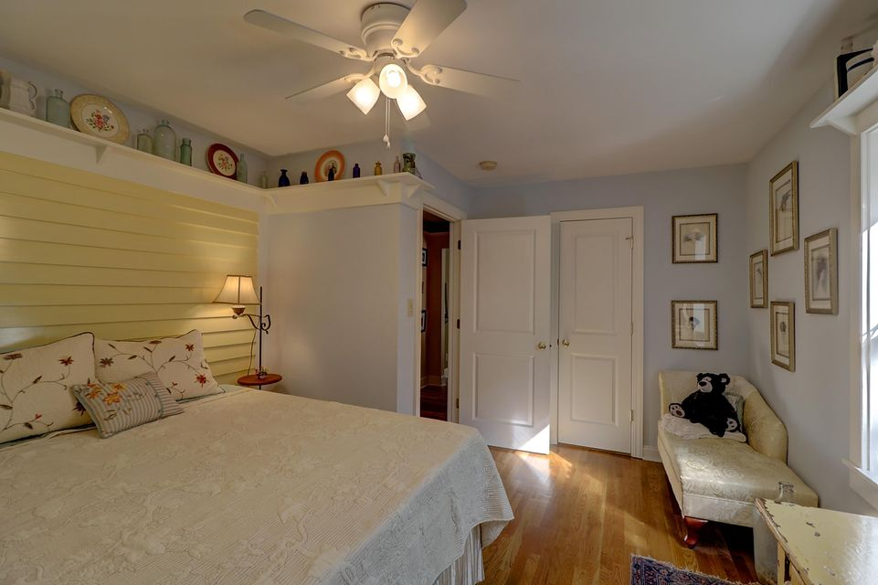 1112  Simmons Street Mount Pleasant, SC 29464
