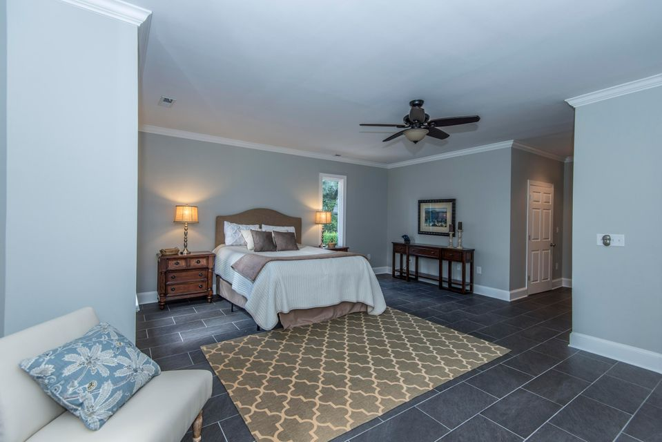 121 Berkshire Drive Charleston, SC 29492