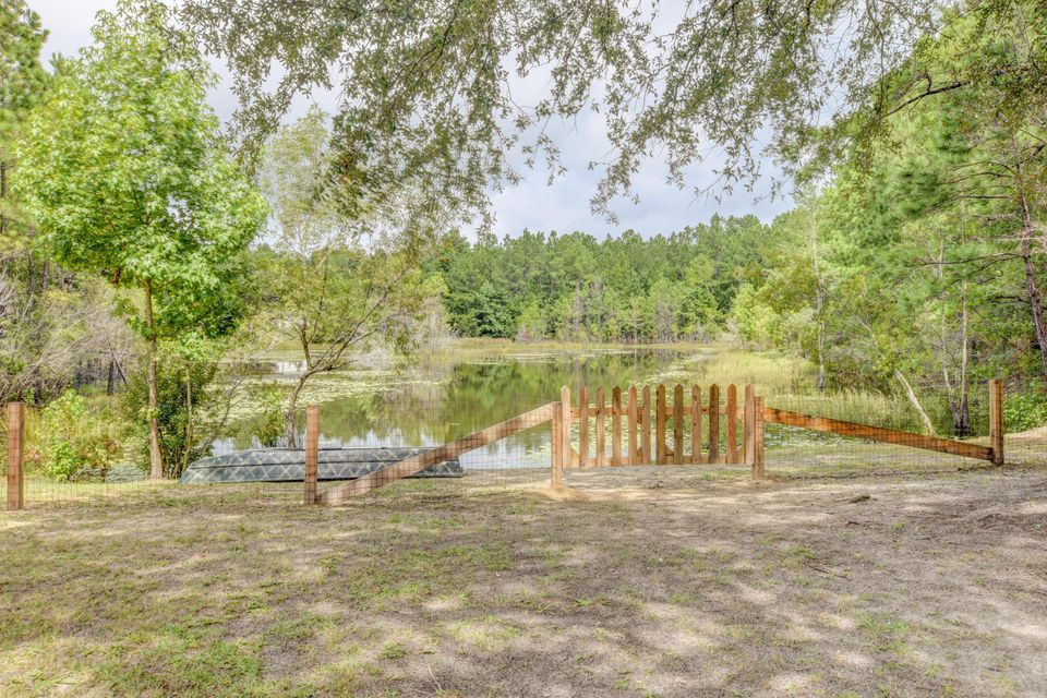 1300 Alligator Road Cordesville, SC 29434