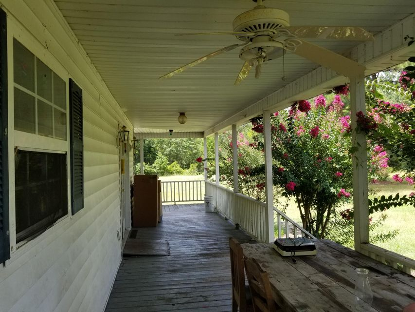 613  Bart Bellamy Ln. Cottageville, SC 29435