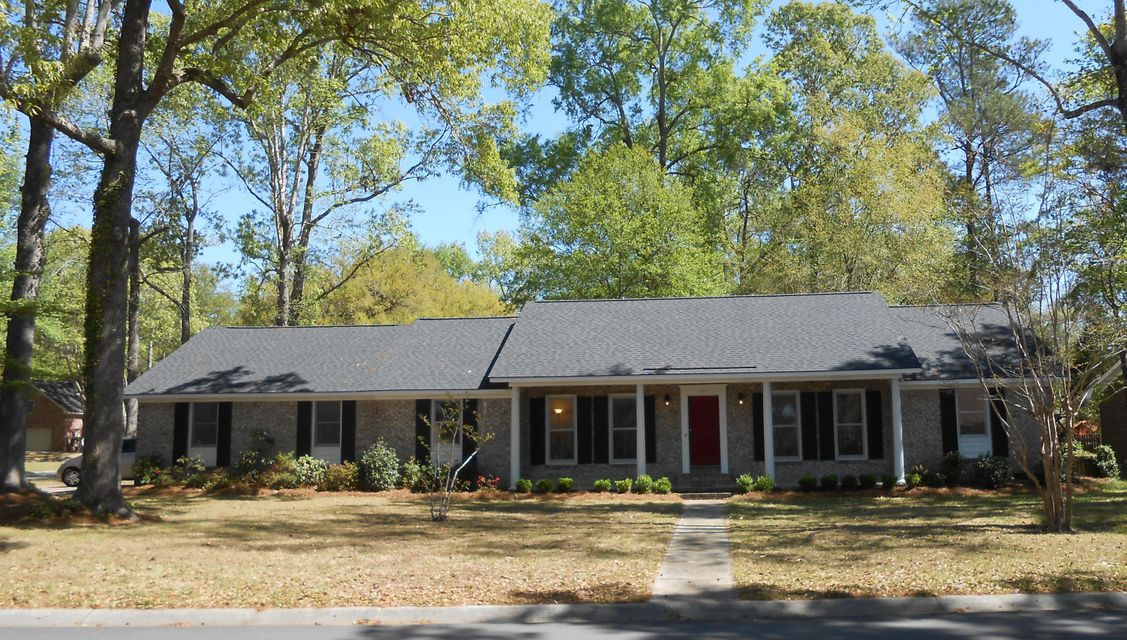 201  Lakeview Drive Summerville, SC 29485