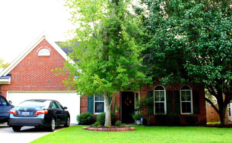8516  Falling Leaf Lane North Charleston, SC 29420