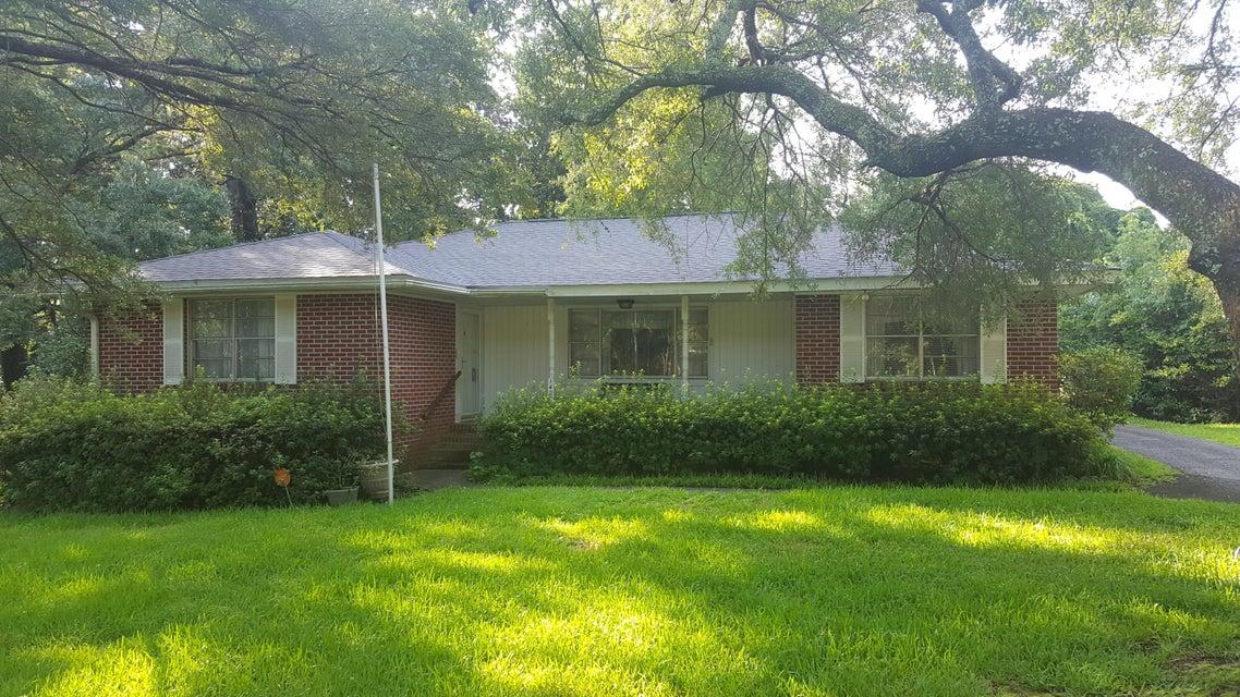 1425 Joy Avenue Charleston, SC 29407