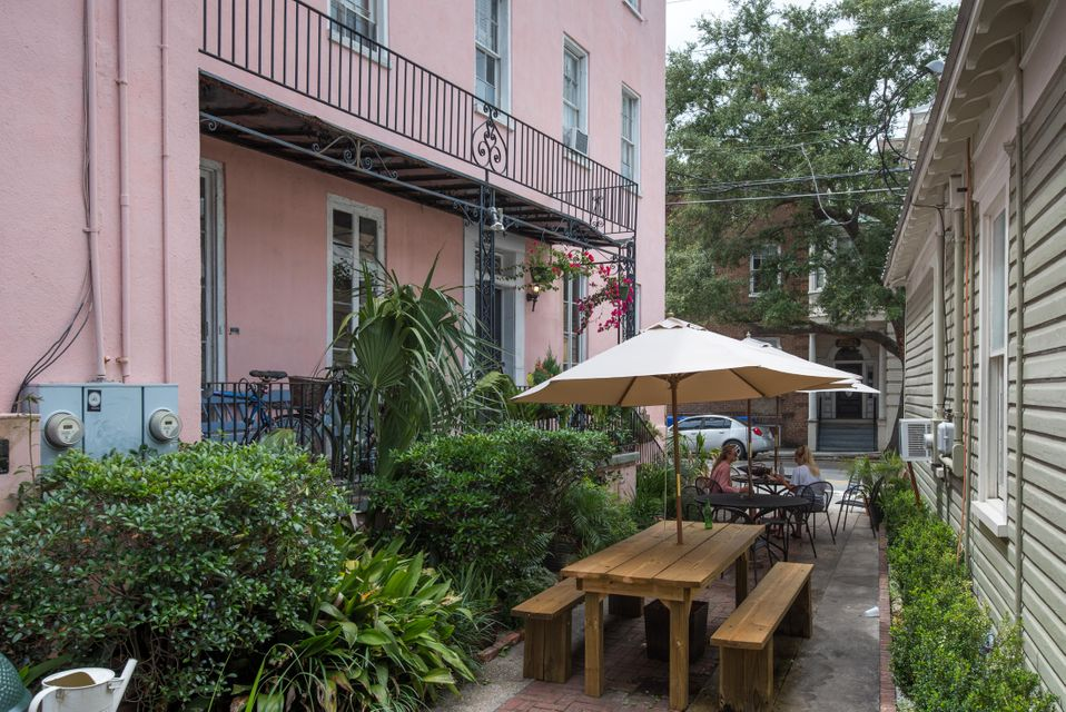 87  Wentworth Street Charleston, SC 29401
