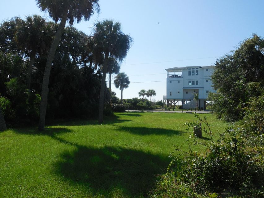 304 E Arctic Avenue Folly Beach, SC 29439