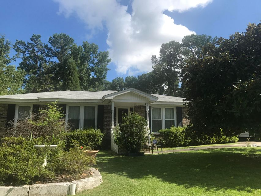 8433  Delhi Road North Charleston, SC 29406