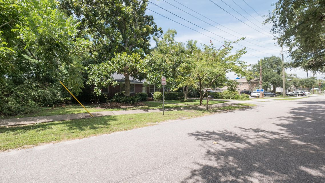 119 Simmons Street Mount Pleasant, SC 29464