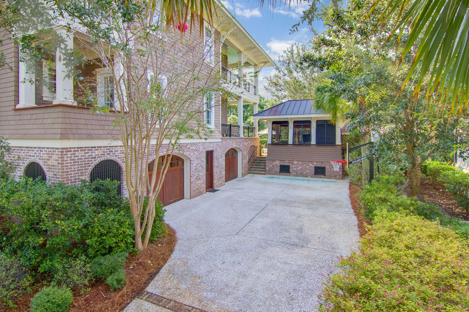 2019 Purcell Lane Daniel Island, SC 29492