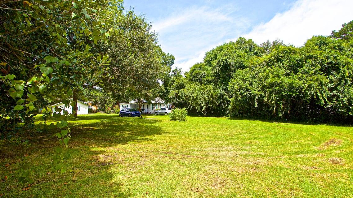 5541  Garrett Avenue North Charleston, SC 29406