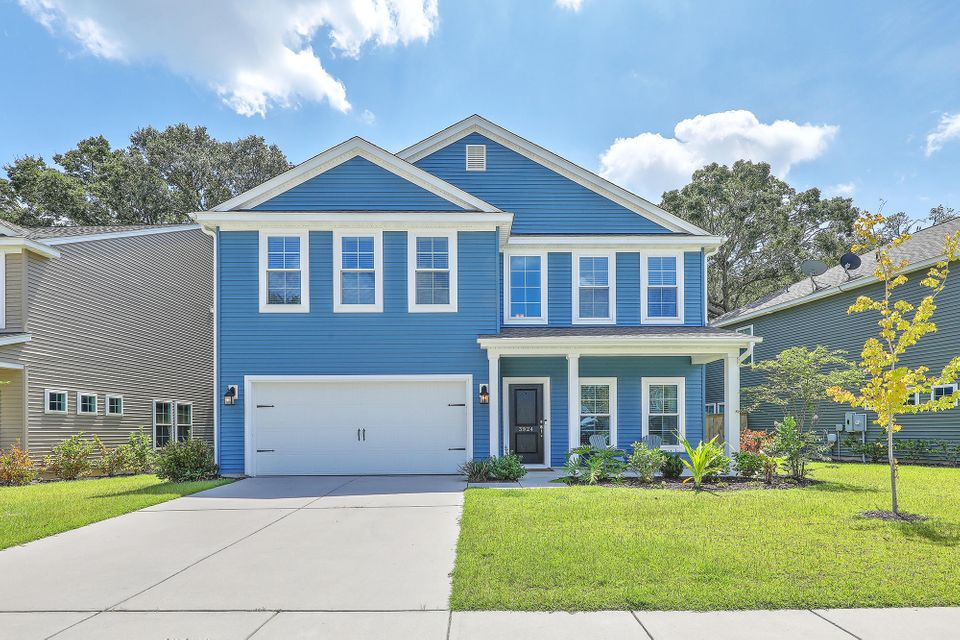 3924  Hanoverian Drive Mount Pleasant, SC 29429