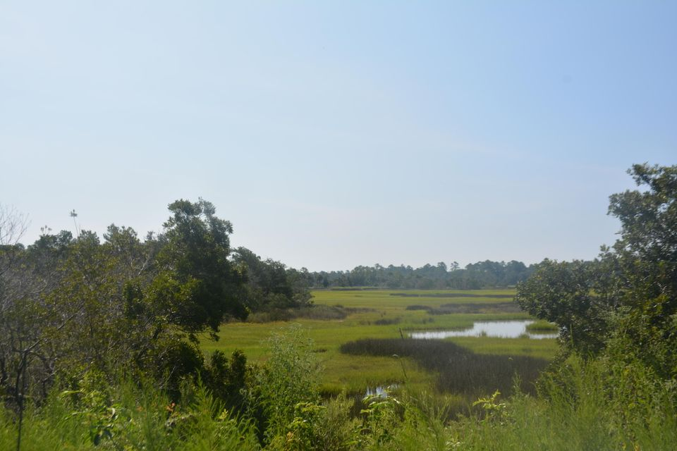 7654  Point Of Pines Road Edisto Island, SC 29438
