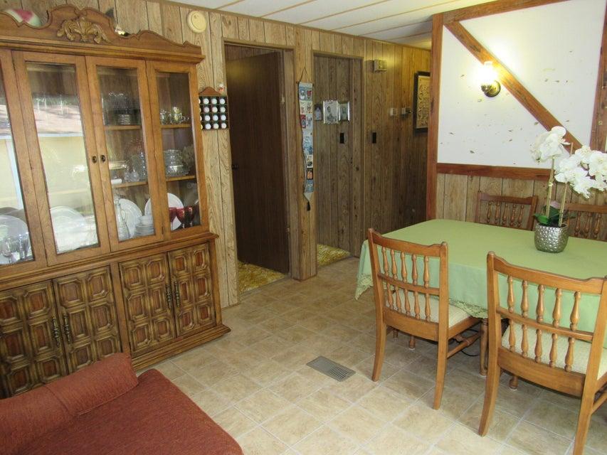 686  Lakeside Drive Moncks Corner, SC 29461