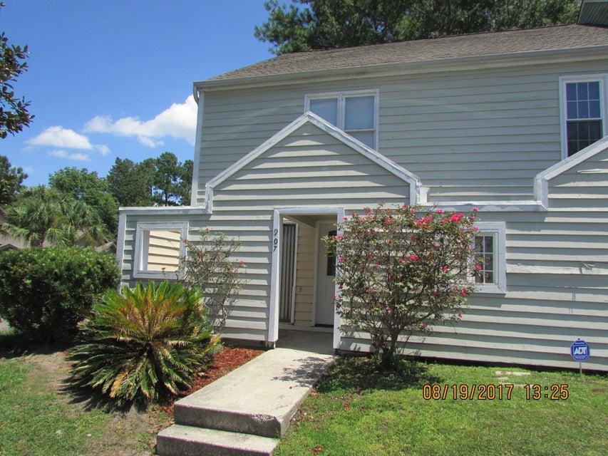 907  Peacock Place Summerville, SC 29485