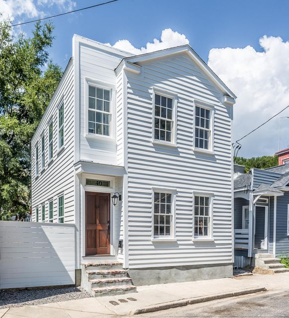 40  Poinsett Street Charleston, SC 29403