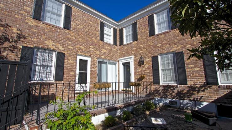 6  Poulnot Lane Charleston, SC 29401