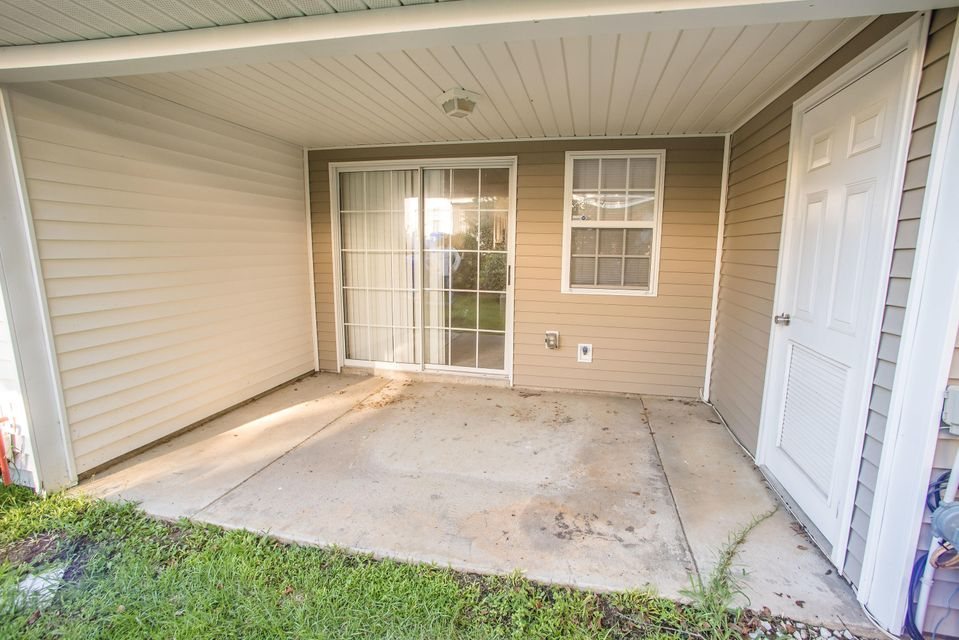 7951  Shadow Oak Drive North Charleston, SC 29406