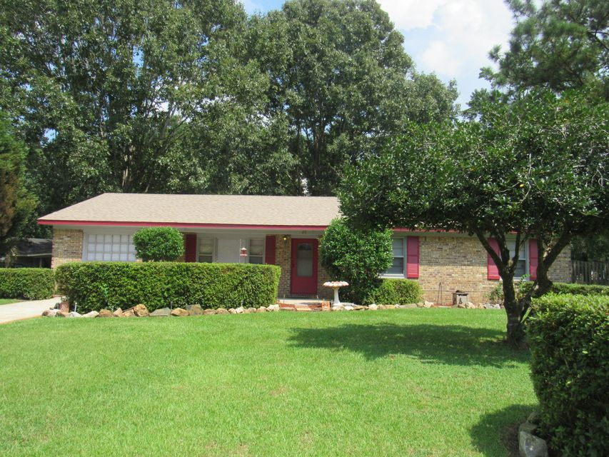 20  Kenilworth Road Goose Creek, SC 29445