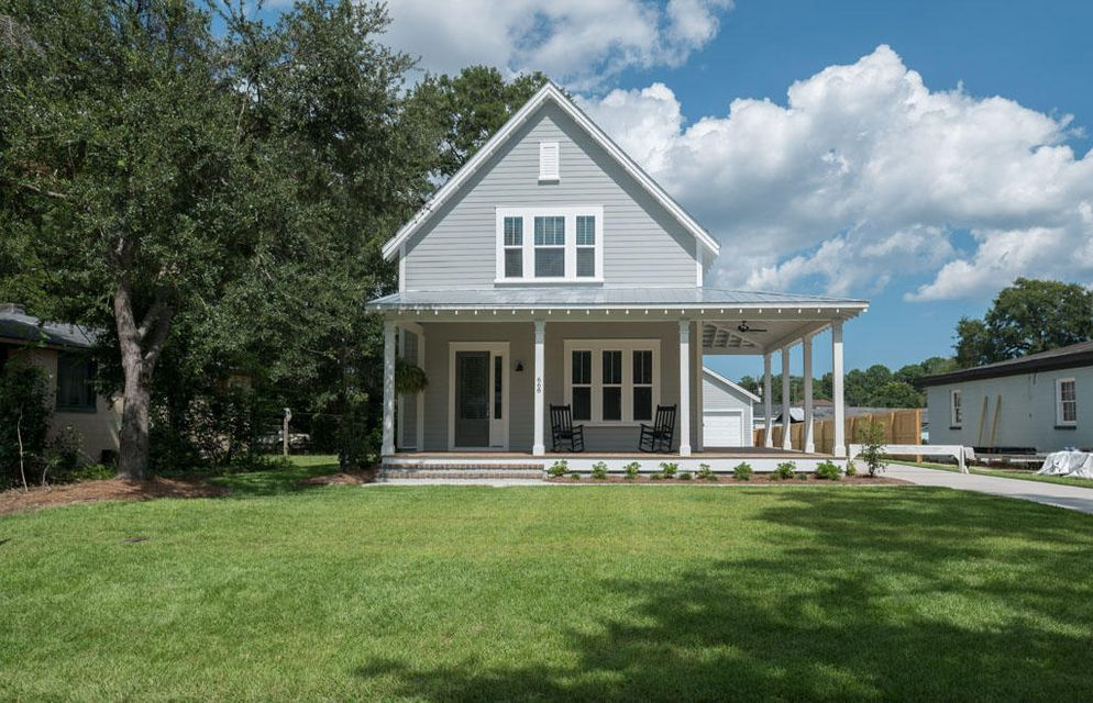 668 York St Mount Pleasant, SC 29464