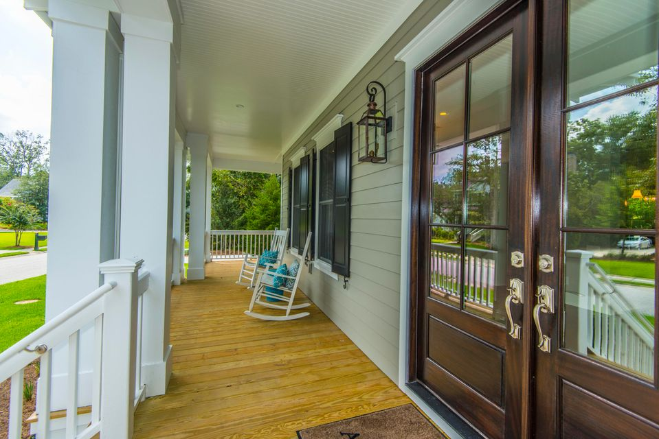 1733 W Canning Mount Pleasant, SC 29466
