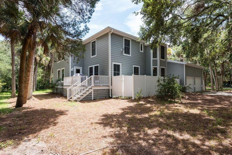 2808  Seabrook Island Road Johns Island, SC 29455