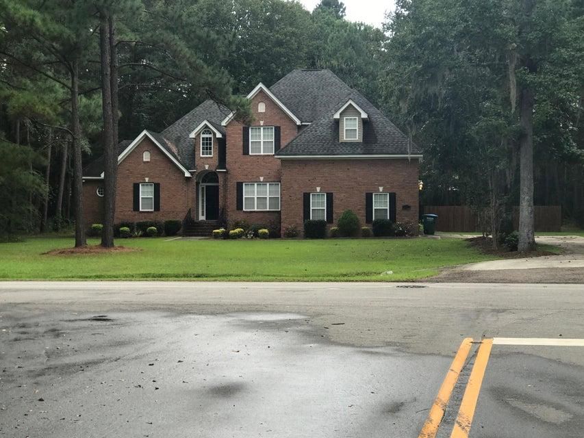 134  Deer Street Summerville, SC 29485