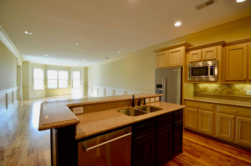 4247  Faber Place Drive North Charleston, SC 29405