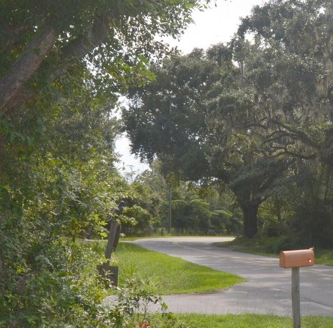 445 Dupre Road Mcclellanville, SC 29458