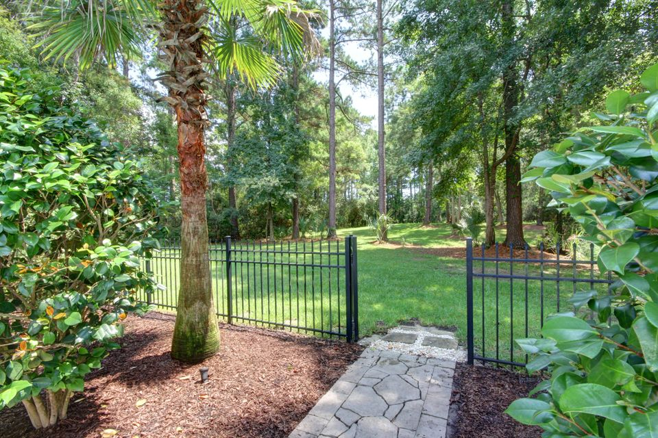 3675 Colonel Vanderhorst Circle Mount Pleasant, SC 29466