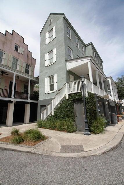 4342  Mccarthy Street North Charleston, SC 29405