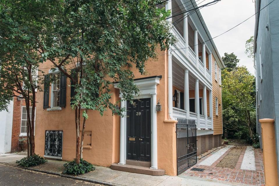 39  Society Street Charleston, SC 29401