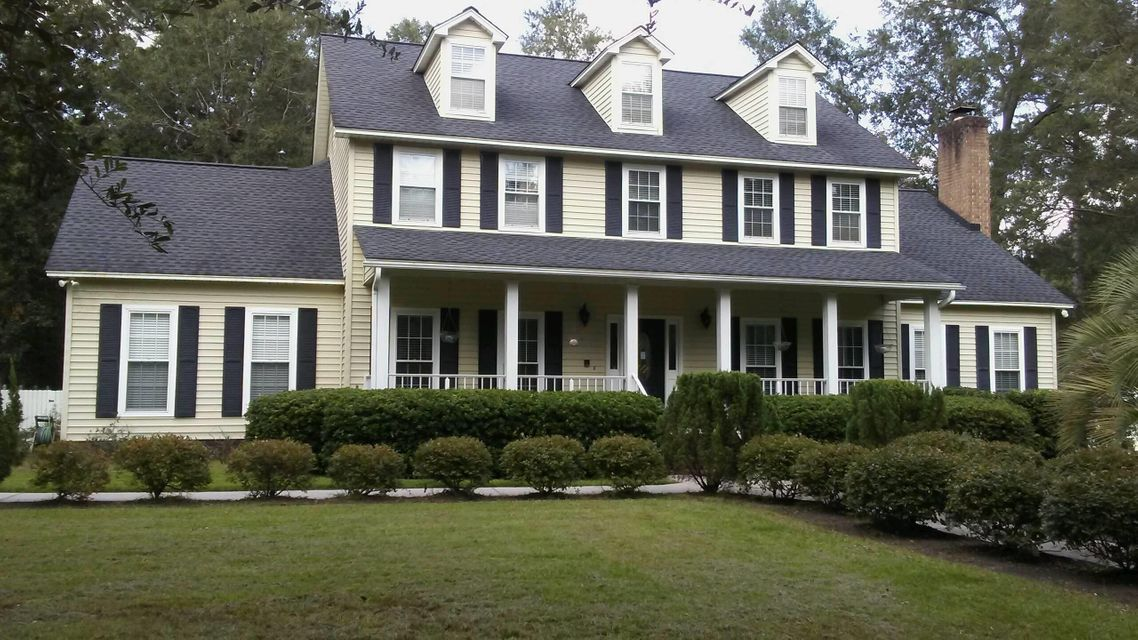 530  Barfield Drive Summerville, SC 29485