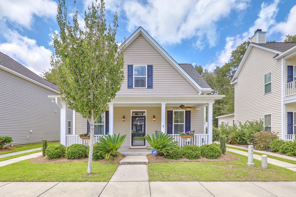 1727  Bee Balm Road Johns Island, SC 29455