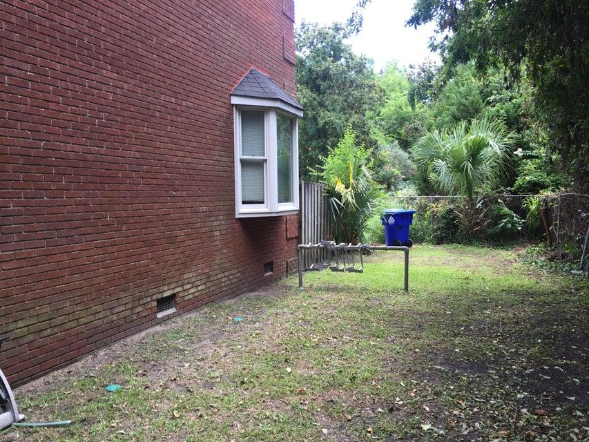 49  Pitt Street Charleston, SC 29401