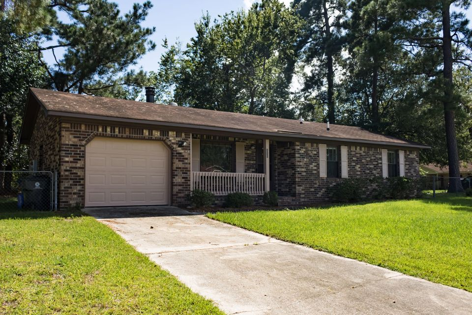 116  Heather Drive Summerville, SC 29483