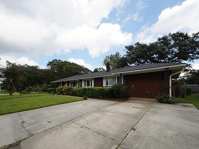 4964  France Avenue North Charleston, SC 29405
