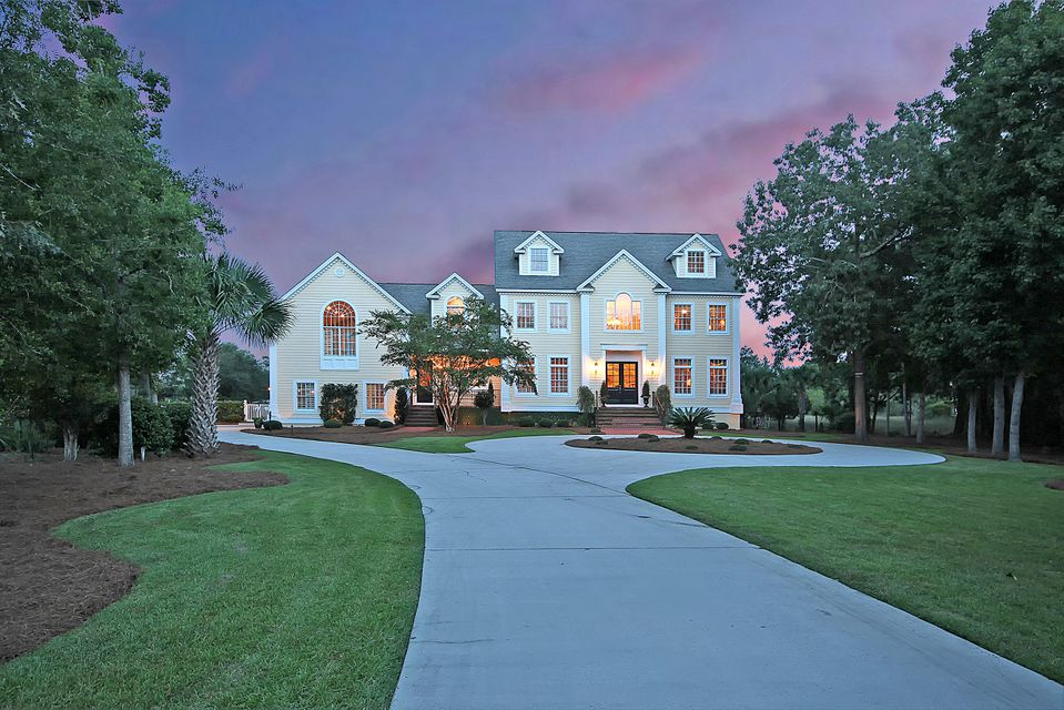 2432  Wagner Creek Court Mount Pleasant, SC 29466