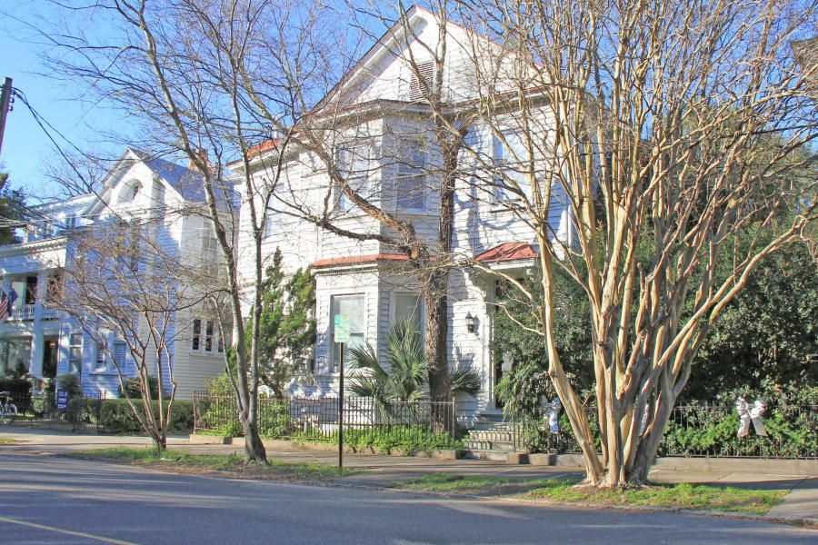 176/178  Broad Street Charleston, SC 29401