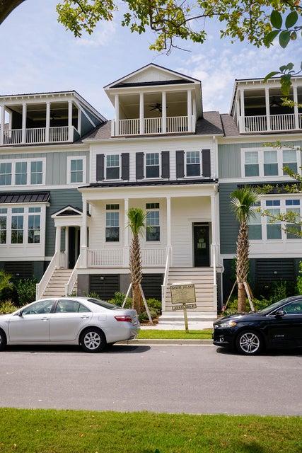 1703  Frissel Street Daniel Island, SC 29492